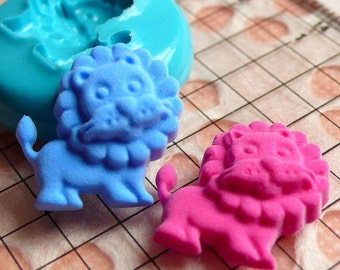 Lion (16mm) Silicone Flexible Push Mold - Jewelry, Charms, Cupcake (Clay, Fimo, Casting Resins, Epoxy, Wax, Soap, Gum Paste, Fondant) MD421