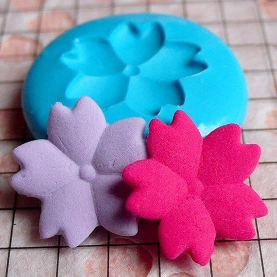 Flower / Sakura (17mm) Silicone Flexible Push Mold - Miniature Food, Sweets, Jewelry, Charms (Clay, Fimo, Resins, Gum Paste, Fondant) MD815