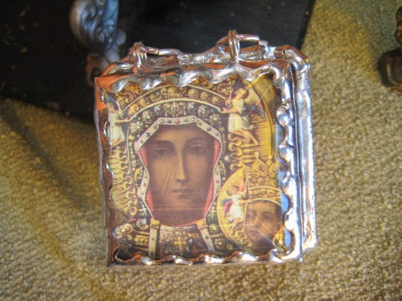 Our Lady of Czestochowa  Prayer Prism Stain Glass Prayer Rosary Box
