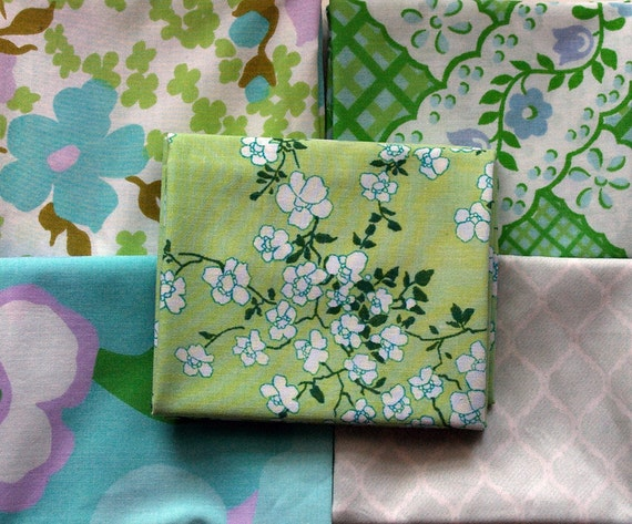 Vintage Fabric Fat Quarter Bundle Packs- Includes 10 Fat Quarters- Summer Blossom