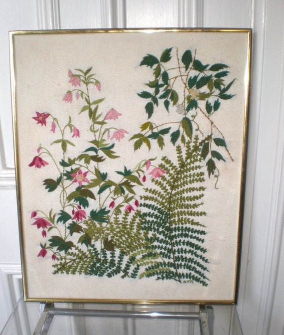 Lovely Woven Fern and Flowers Seventies Preppy Botanical