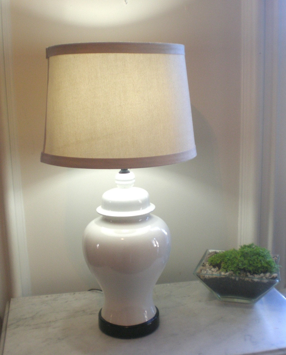 Sale Vintage White Ceramic Ginger Jar Lamp Hollywood Regency
