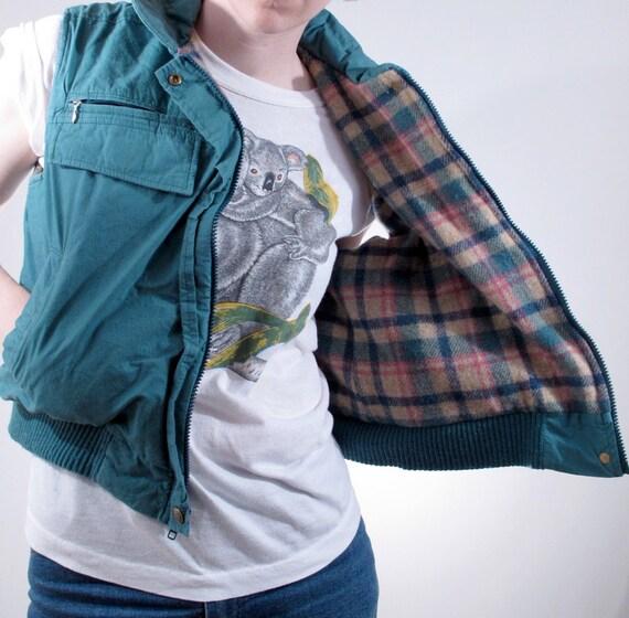 Vintage '80s Ladies Woolrich 6 Pocket Vest size LARGE