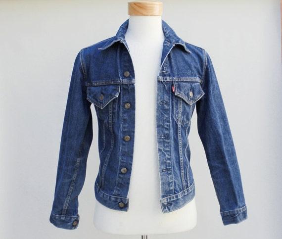 80s Vintage Men's 2 Pocket Levi's Denim Jacket - X-Small / size 34 Made in USA