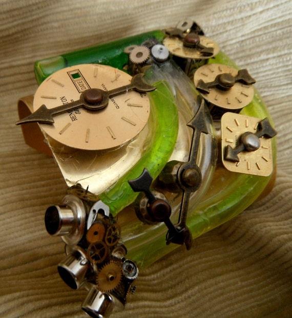Green Fairy mk II Surgical Blaster steam punk cuff device