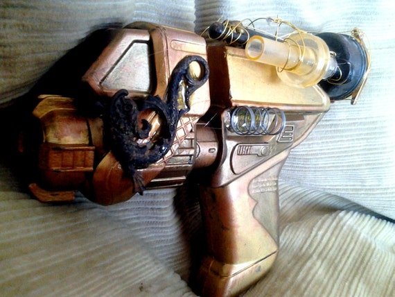 CI 4400, Cunningham Industries pump action pistol, steam punk gun