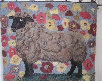 Sheep in the Poppies-Primitive Linen-Hooked Rug Pattern