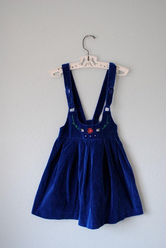 vintage girl blue velvet jumper
