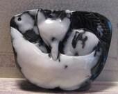 Carved Zebra Agate Fox pendant bead ........           (CZAFpb493811)