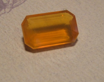 Mexican Opal faceted gemstone ..........   16  x  10  x   6 mm   ........         273