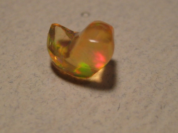 Mexican Fire Opal .....free form .....    8  x 5 mm ............      261