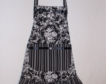 Black and White Floral Scroll Apron