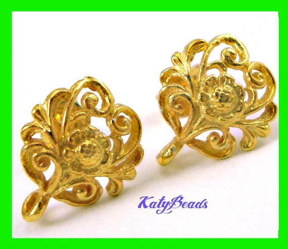 2 pairs gold plated Silver Bali Beaded Floral Earrings Ear Post with butterfly backing  VE25n