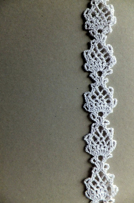 Items similar to Crocheted lace trim edging - white on Etsy
