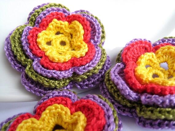 SALE Crochet flower applique, embellishment, scrapbooking  /set of 3/