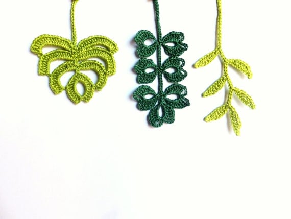 Autumn leaves, crocheted applique, green embellishment, scrapbooking, woodland decor /set of 3/