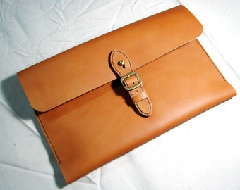 Leathinity - Hand Stitched Tan Color Leather Case for 11'' MacBook Air