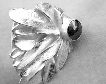 Fiercely Feminine silver ring with hematite and kimono etching by Cari-Jane Hakes hybrid handmade from the 'leaves' series