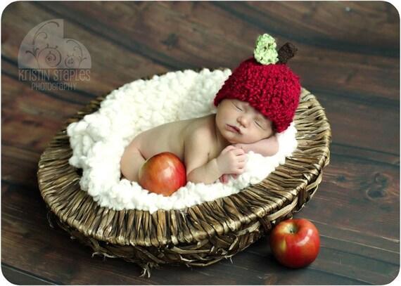 Little Knit Apple Hat, Newborn thru Toddler