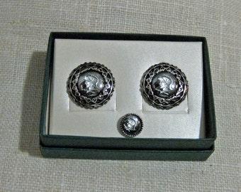 Men's Intaglio Hematite Cuff Link and Tie Tac Set 1960s NEW OLD STOCK...csc135