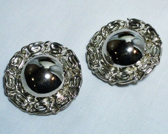 Large SIlver Tone ERWIN PEARL Clip Ons