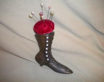x Vintage metal pincushion Victorian Shoe (FF405)