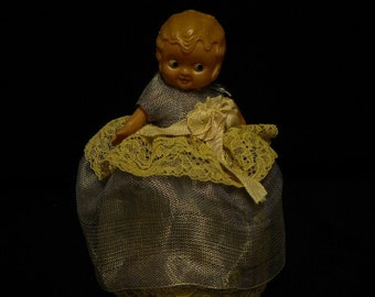x Ribbonwork Whimsy Vintage Doll (FF317)