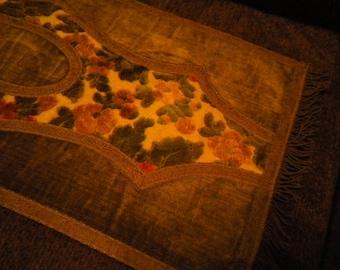 Runner of Cut  Velvet in Olive and Rust with fringe (FFs5064)
