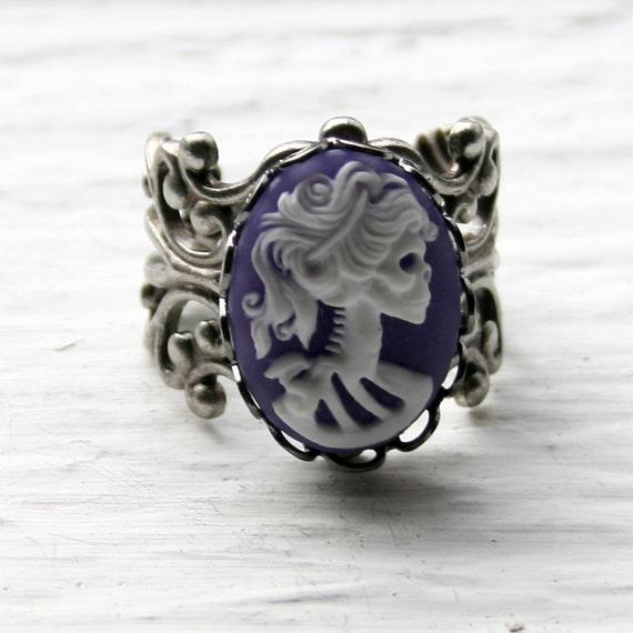 Skull Cameo Ring - Lavender on Antiqued Silver Filigree