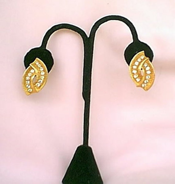 1980s Vintage Trifari Rhinestone Pierced Earrings New Old Stock