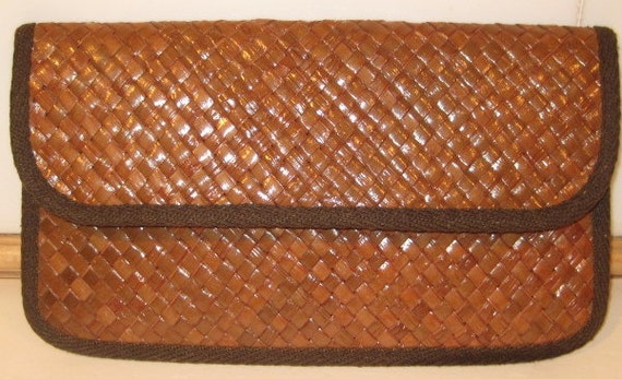High Shine Woven Straw Clutch One Great Vintage Piece