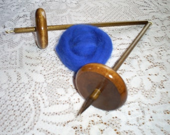 Two 2.4oz.  Whorl Drop Spindles And Wool Roving Kit For Hand Spinning Yarn Free Shipping