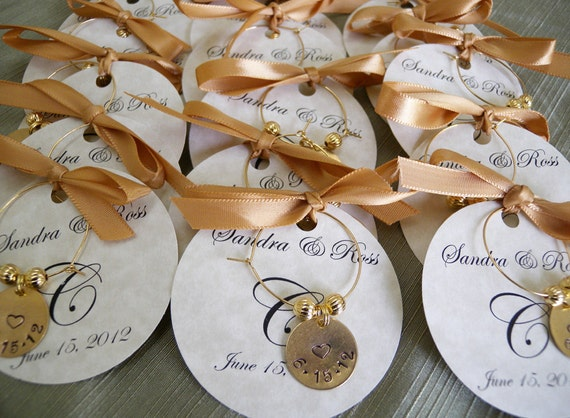Engraved Wedding Party Gifts: Wedding Favors Personalized Wine Charms Custom Words Party