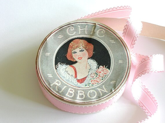 1930s Ribbon Roll Deco Graphics Pink Satin Decorative Edge Antique