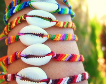 """L.A. Raised-""""on shore""""-5 stringed and shell bracelets"""