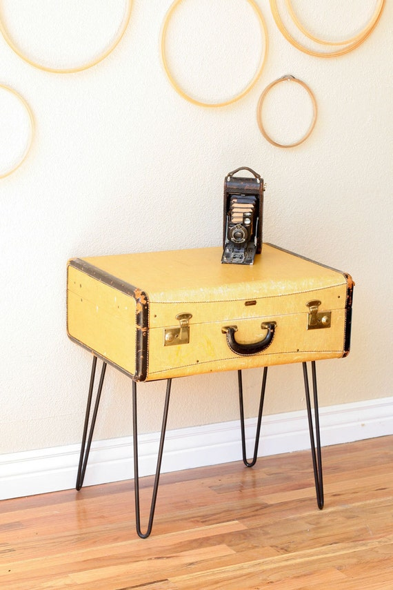Vintage suitcase coffee table with hairpin legs for Vintage hairpin table legs