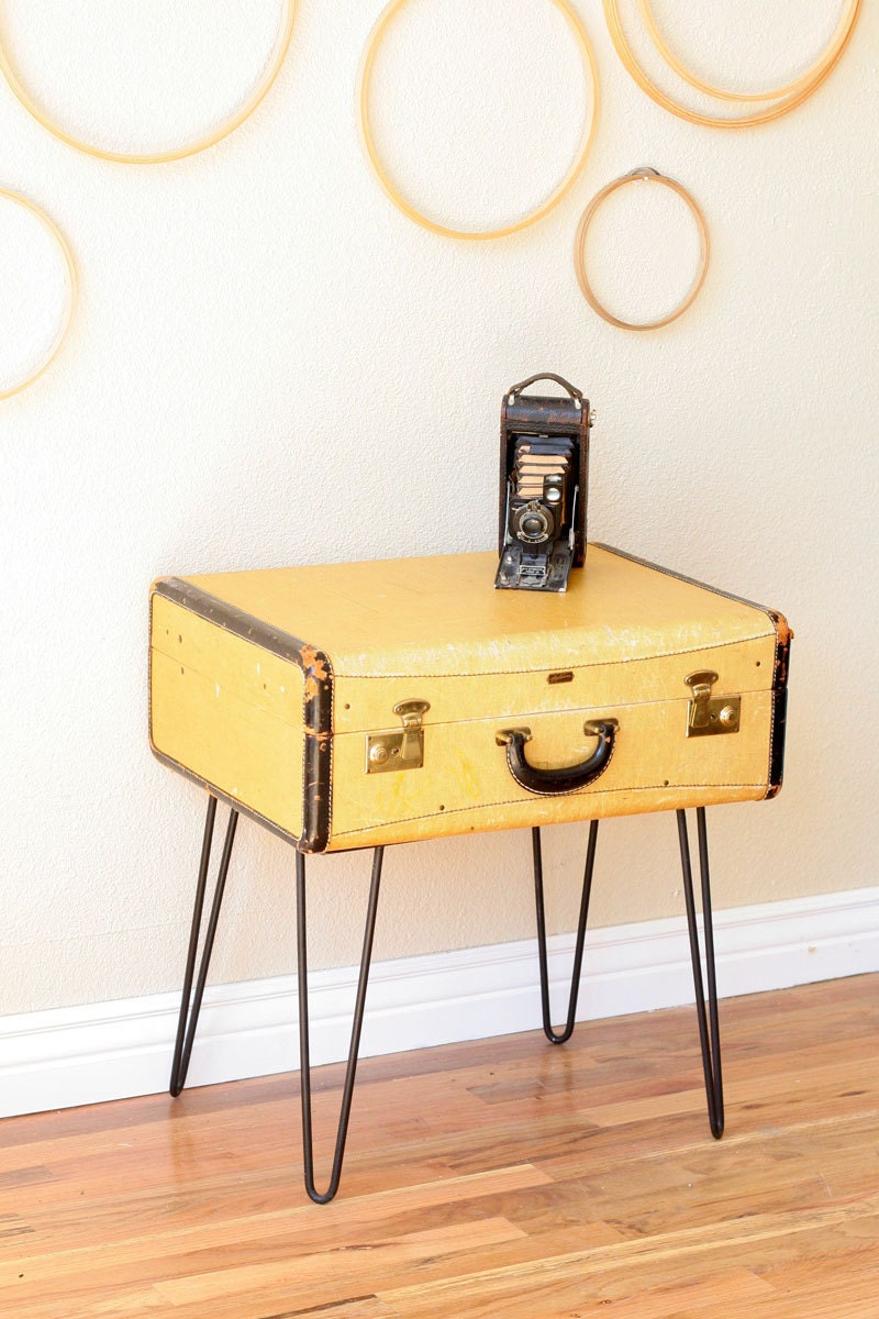 Vintage suitcase coffee table with hairpin legs for Table valise