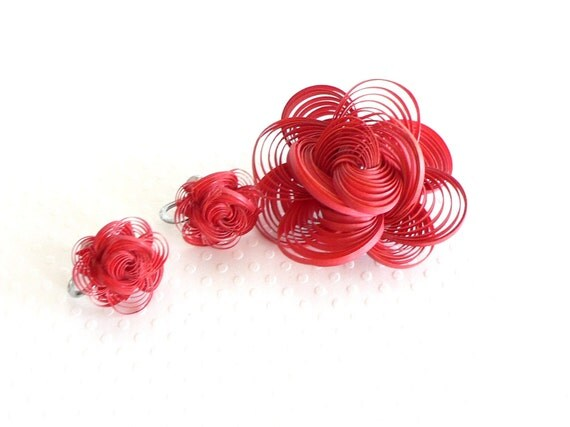 Vintage Red Quilled Brooch with Matching Earrings