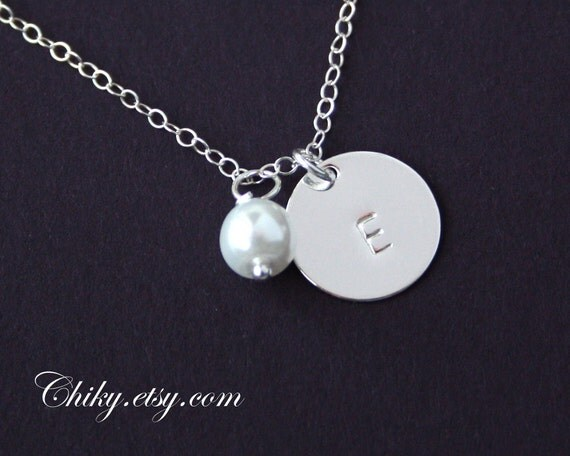 Customized initial Disc and Pearl Necklace - Sterling Silver , Monogram Necklace, Simple everyday Jewelry, Bridesmaid gifts, mom necklace