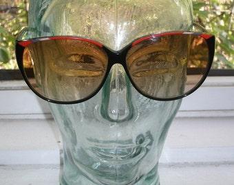 80s VINTAGE Sir Winston by Filos black red enamel round cat eye glasses sunglasses