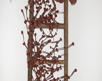 Primitive-Country  Lathe Wood Ladder with Pip Berries