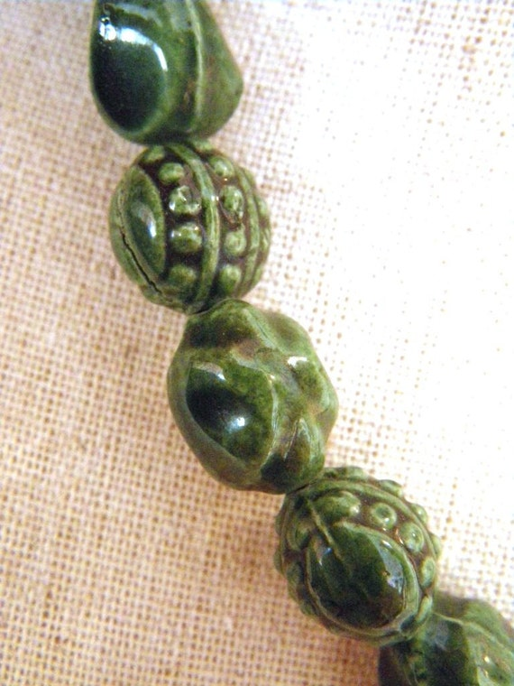 Vintage Green Pottery Bead Necklace
