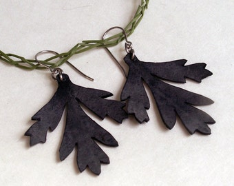 Bleeding Heart Leaf Earrings - recycled bike inner tube