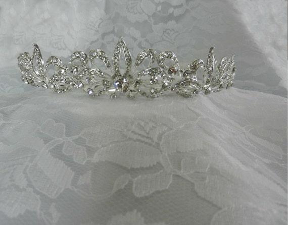Crystal Bridal Tiara with Comb, Wedding Headpiece, Silver Headpiece, Flo