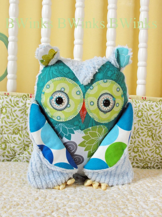 LAST ONE - Stuffed Owl Pillow  - PETITE - No. 46