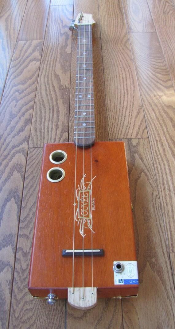 Cigar Box Guitar - 3 String Cuvee Blanc