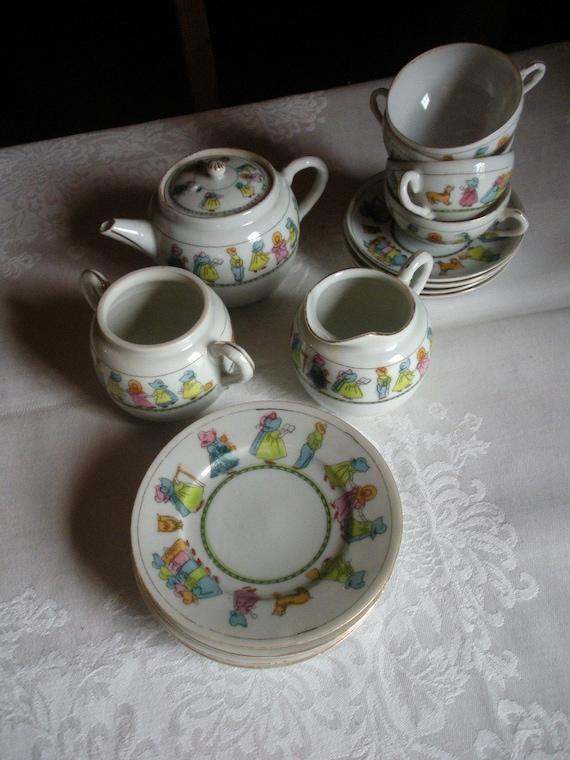 adorable vintage children 39 s china tea set. Black Bedroom Furniture Sets. Home Design Ideas