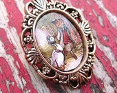 Jemima Puddle-duck and Fox - Vintage style gold Cameo Brooch