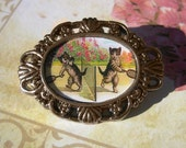 Cats Playing Badminton - Vintage Style Gold cameo brooch