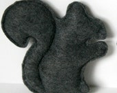 Cat Toy- Gray Catnip Squirrel felt cat toy- cat toys, felt cat toy, felt squirrel, catnip toy, handmade cat toy, cat gift, gifts for cats